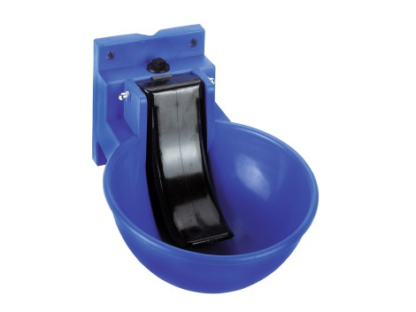 Plastic waterer with automatic pressure